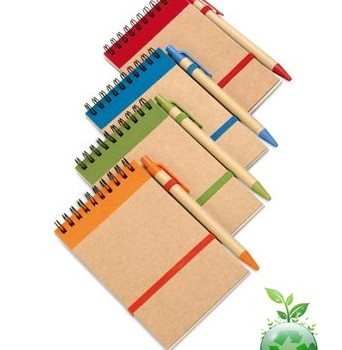 Jegyzetfüzet + toll